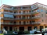 Двухкомнатная квартира в центре города 400 метров от моря - фото 1