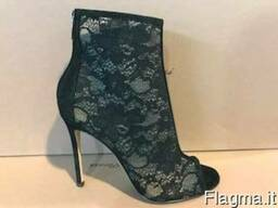 Gianvito Rossi Stock - Сток
