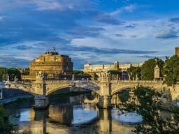 Окажу туристические услуги в Риме