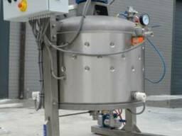 Creaming honey machine