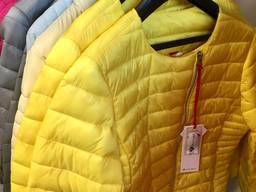 Куртки, ветровки, безрукавки - лот на мальчиков и девочек - фото 5