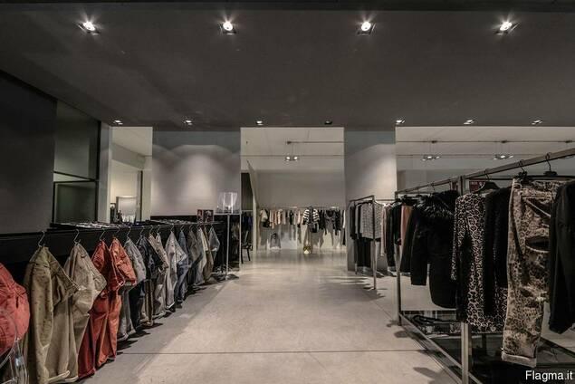 Байер по оптовым закупкам одежды в Италии