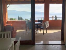 Продажа квартиры в Италии с видом на озеро Гарда