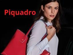 Сумки для женщин от бренда Piquadro