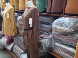 Услуги байера по закупке оптом одежды и сумок в г. Прато - фото 3