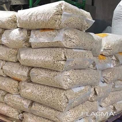EN plus-A1 6mm/8mm Fir, Pine, Beech wood pellets in 15kg bags FOR SALE